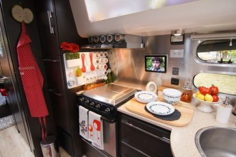 Gorgeous Rv Kitchen Accessories Ideas To Copy Right Now05