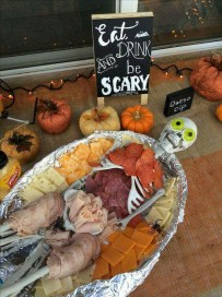 Outstanding Diy Halloween Decorations Ideas For Party Decor02