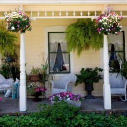 Pretty Planter Design Ideas For Summer Porch To Looks Amazing01