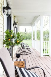 Pretty Planter Design Ideas For Summer Porch To Looks Amazing02