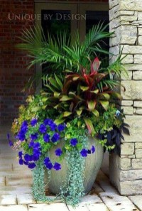 Pretty Planter Design Ideas For Summer Porch To Looks Amazing22