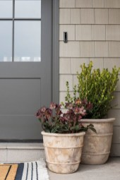 Pretty Planter Design Ideas For Summer Porch To Looks Amazing40