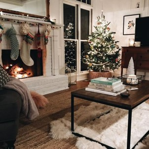 Adorable Christmas Home Design Ideas To Fun Up Your Home02