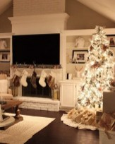 Extraordinary Christmas Living Room Decoration Ideas To Try Asap09