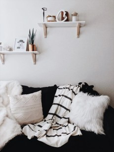 Gorgeous Winter Hygge Home Decorating Ideas To Try Asap02
