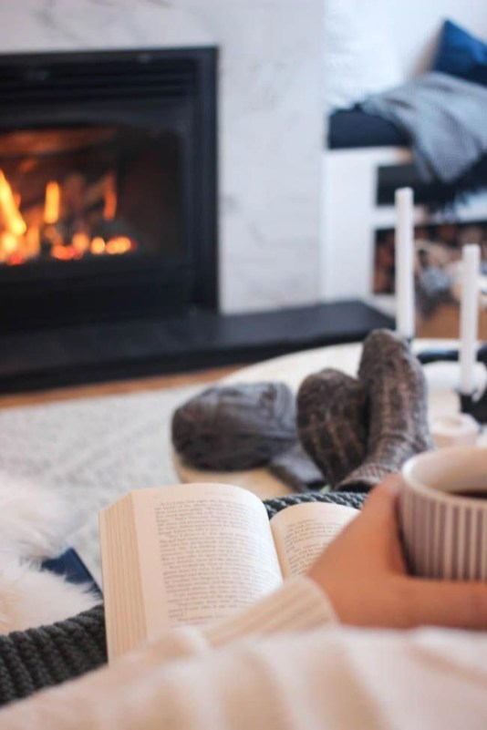Gorgeous Winter Hygge Home Decorating Ideas To Try Asap25
