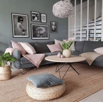 Hottest Small Living Room Decor Ideas For Your Apartment To Try21