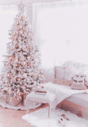 Trendy Diy Christmas Trees Design Ideas That Using Simple Free Materials24