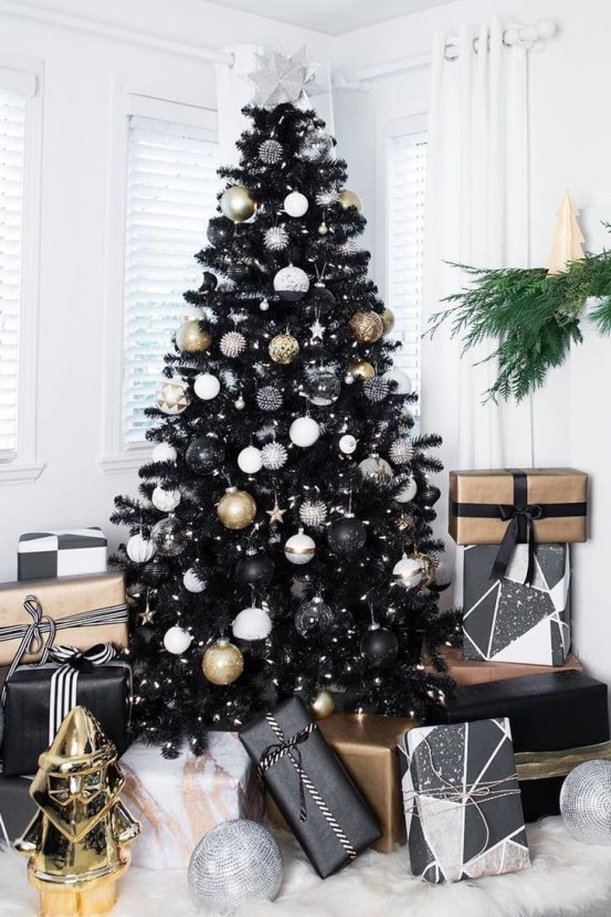 Trendy Diy Christmas Trees Design Ideas That Using Simple Free Materials28