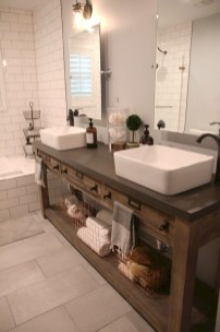 Trendy Farmhouse Bathroom Design Ideas To Try Right Now02