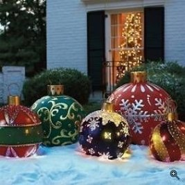 Unusual Diy Christmas Light Balls Ideas For Outdoor Decoration31