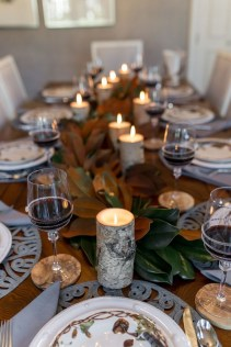 Amazing Thanksgiving Tablescapes Ideas For More Taste And Enjoyful12