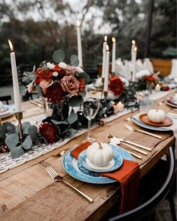 Amazing Thanksgiving Tablescapes Ideas For More Taste And Enjoyful14