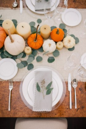 Amazing Thanksgiving Tablescapes Ideas For More Taste And Enjoyful18