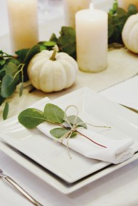 Amazing Thanksgiving Tablescapes Ideas For More Taste And Enjoyful21