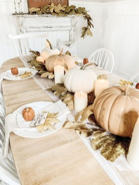Amazing Thanksgiving Tablescapes Ideas For More Taste And Enjoyful25