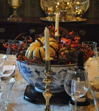 Amazing Thanksgiving Tablescapes Ideas For More Taste And Enjoyful33