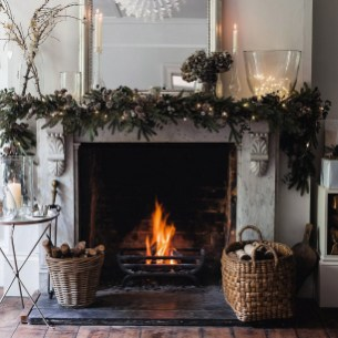 Awesome Winter Home Decoration Design Ideas With Unique Fireplace30