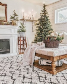 Hottest Farmhouse Christmas Decorations Ideas To Try Asap04