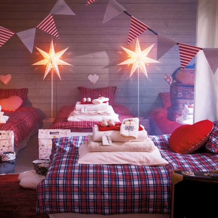 Latest Christmas Bedroom Decor Ideas For Kids To Try29