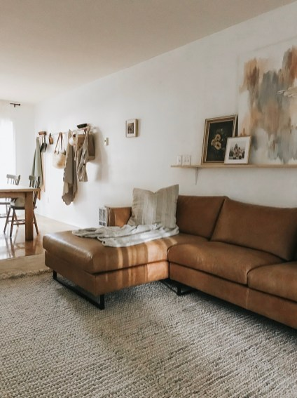 Pretty Living Room Remodel Ideas To Try Asap29