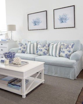 Pretty Coastal Living Room Decor Ideas That Looks Awesome09