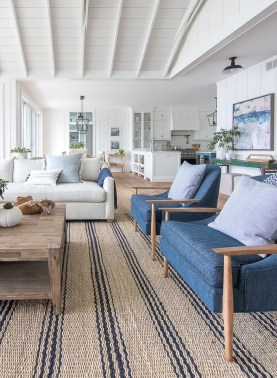 Pretty Coastal Living Room Decor Ideas That Looks Awesome28