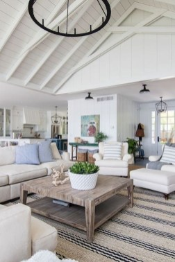 Pretty Coastal Living Room Decor Ideas That Looks Awesome31