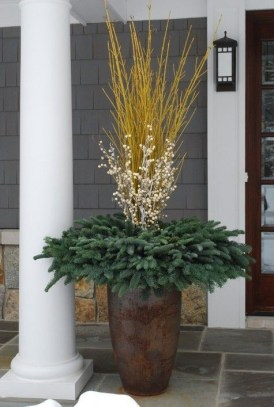 Sophisticated Container Garden Flower Ideas For This Winter To Try15