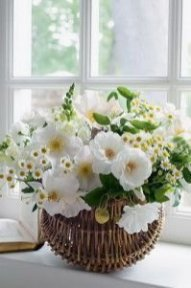 Stylish Easter Flower Arrangement Ideas That You Will Love03