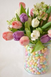 Stylish Easter Flower Arrangement Ideas That You Will Love07