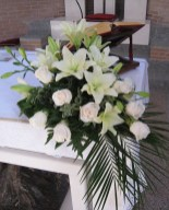 Stylish Easter Flower Arrangement Ideas That You Will Love26