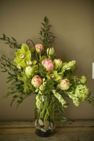 Stylish Easter Flower Arrangement Ideas That You Will Love30