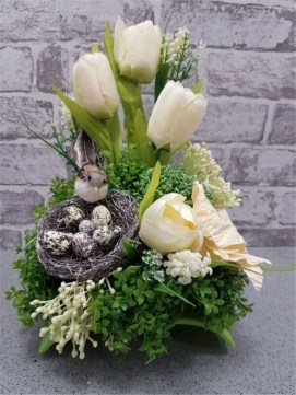 Stylish Easter Flower Arrangement Ideas That You Will Love35