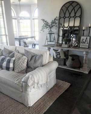 Top Farmhouse Style Living Room Decor Ideas That Looks Adorable33