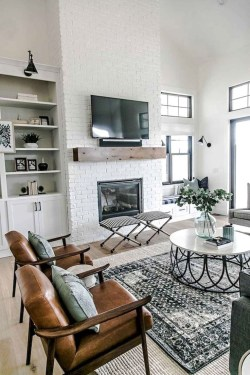 Top Farmhouse Style Living Room Decor Ideas That Looks Adorable34