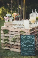Chic Outdoor Wedding Drink Station And Bar Ideas For Winter To Try Asap03