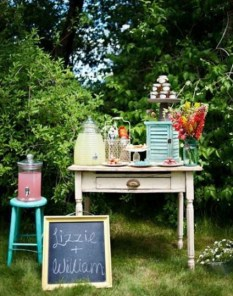Chic Outdoor Wedding Drink Station And Bar Ideas For Winter To Try Asap07
