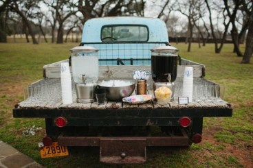 Chic Outdoor Wedding Drink Station And Bar Ideas For Winter To Try Asap19