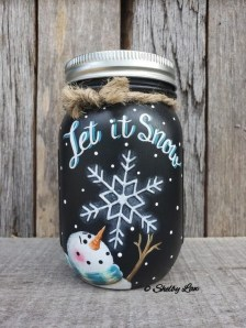 Delightful Winter Decoration Ideas With Items That You Must Have At Home29