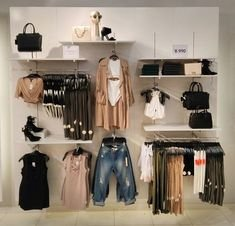 Dreamy Clothing Store Design Ideas For Teen Shoper To Try31