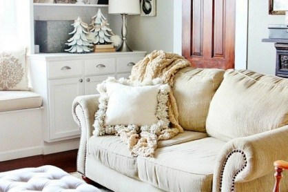 Spectacular Winter Décor Ideas With Textiles That You Need To Try01