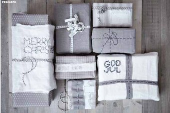 Spectacular Winter Décor Ideas With Textiles That You Need To Try14