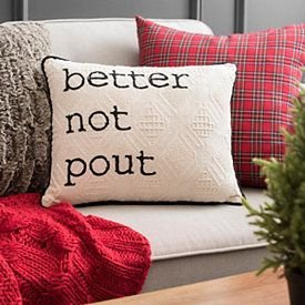 Spectacular Winter Décor Ideas With Textiles That You Need To Try25