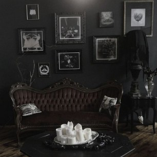 Exciting Dark Gothic Interior Designs Ideas That You Need To Try17