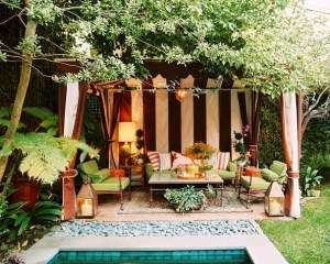 Extraordinary Poolside Nooks Design Ideas To Try For Your Relaxing04