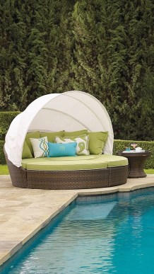 Extraordinary Poolside Nooks Design Ideas To Try For Your Relaxing08