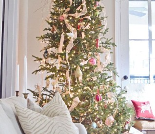 Favorite Winter Tree Display Design Ideas For Small Spaces32