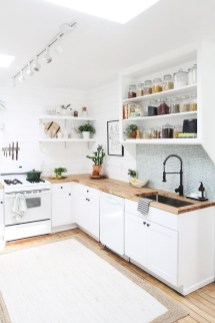 Glamorous Small Kitchen Design Ideas That Can Saving Your Space05