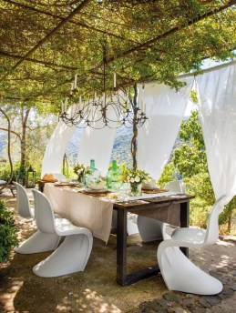 Newest Outdoor Bohemian Dining Room Design Ideas To Try Right Now17